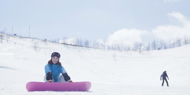 スノーボードする人