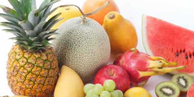 舌がピリピリする果物