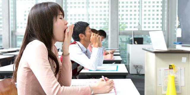 授業中のあくび