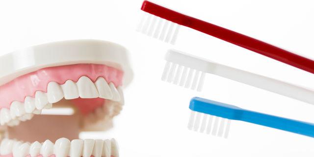 歯ブラシの硬さの種類