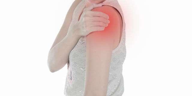 腕の赤みや腫れ