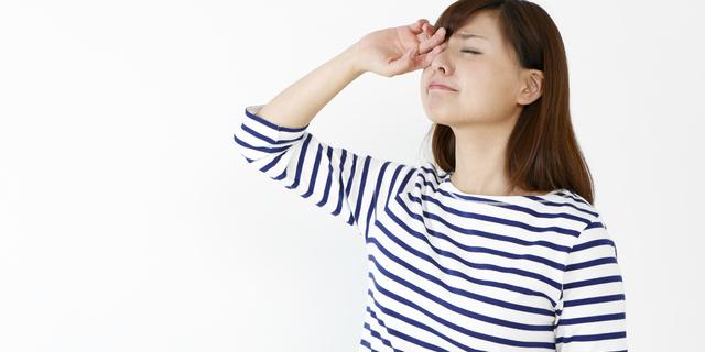 花粉症と蓄膿症の併発に悩む女性