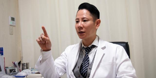 「皮膚外科は美しく治すことが基本。そこに面白みがあります」(花房火月先生)