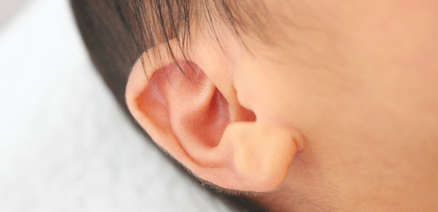 自宅で耳掃除する?しない?赤ちゃんの正しい耳ケア方法!