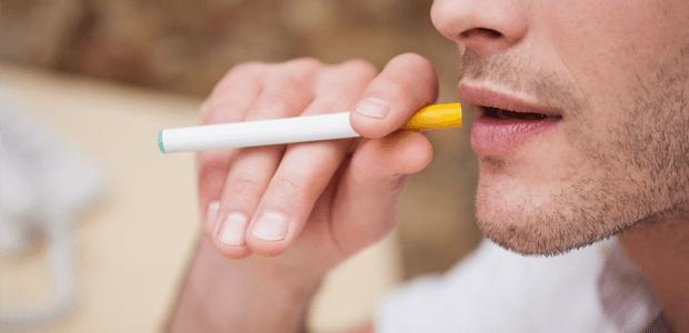 人気の電子タバコ、じつは体に有害だった!?
