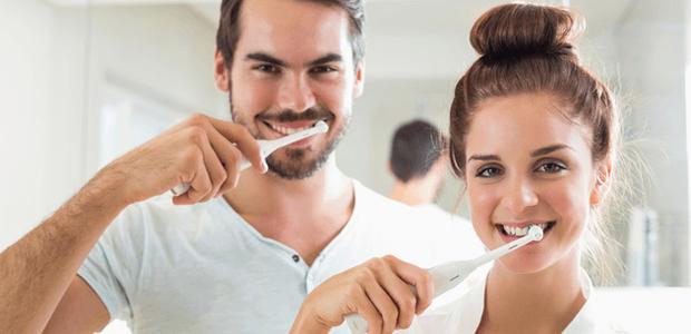 笑顔が台無しに…絶対除去したい「歯の黒ずみ」の原因&改善法は!?