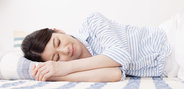 仕事の効率、やる気もアップ? 「昼寝」はどのくらいするのがベスト?