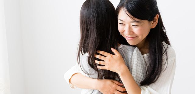"""「愛情ホルモン」が分泌される!? """"ボディタッチ""""よる効果を解説。"""