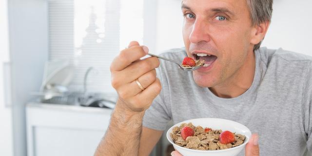 糖尿病の人は、食事の時にどんなことに気をつければよい?