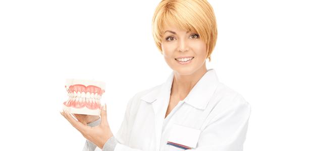 """歯ブラシで磨いても取れなくなる?""""歯石""""の予防法とできやすい体質"""